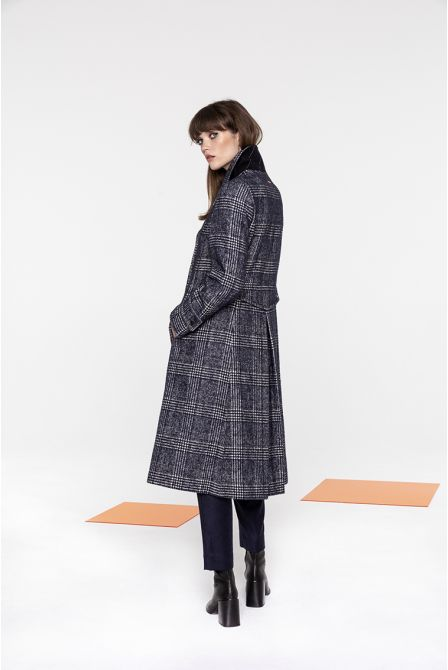 Long coat in Prince of Wales wool
