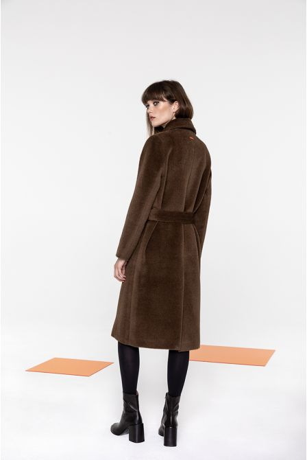 Long belted coat in Hazelnut alpaca