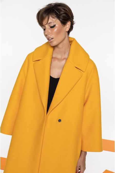 479f8e9d3384f Long winter coat in yellow wool for women - Collection 2018 - Maison ...