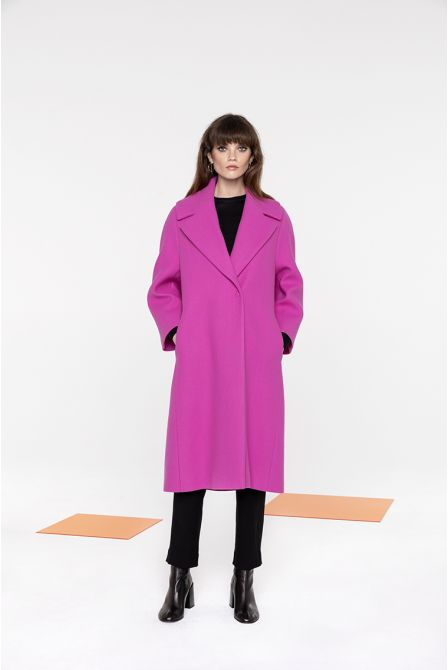 Flared long coat in pink wool