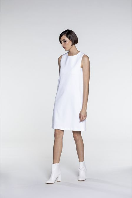 Straight dress in white cotton piqué