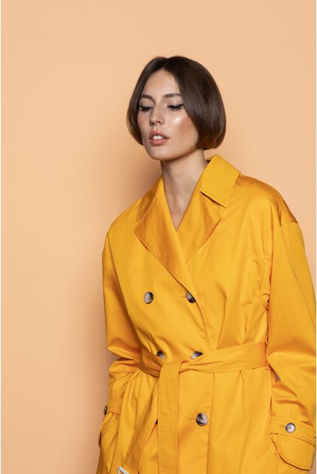 Oversize Trench in saffron cotton satin