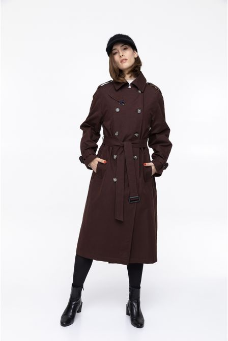 Long burgundy raincoat in waxed cotton
