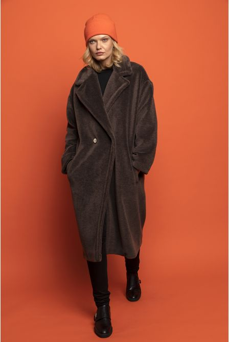 Long chocolate fur coat in wool