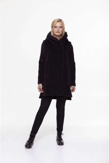 colour eggplant  coat in alpaca woll with hood
