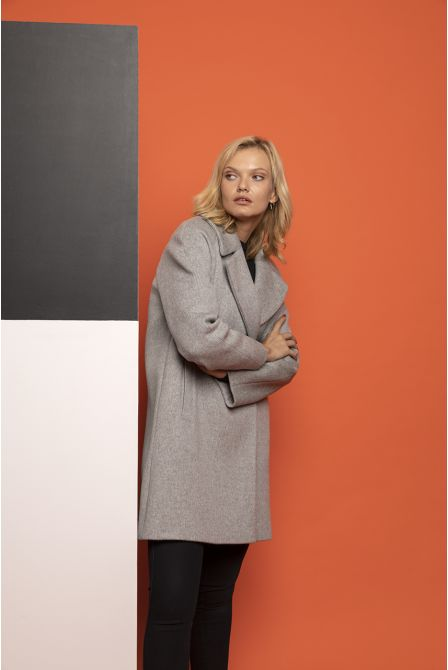 grey flared coat in 100% cashmere