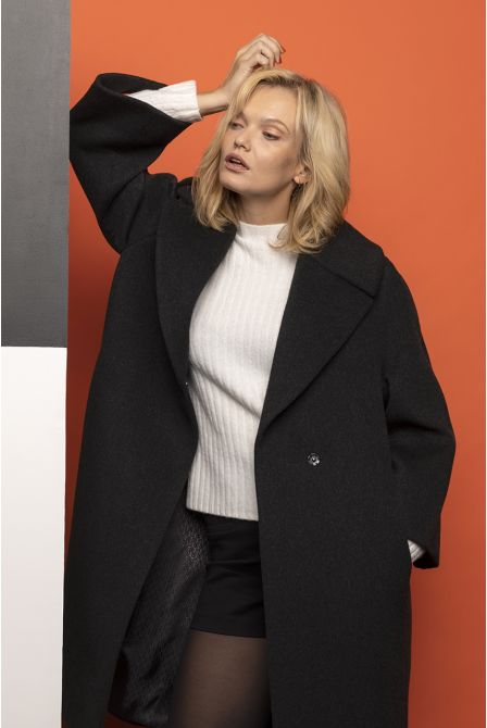 anthracite  flared long coat in 100% cashmere