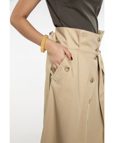 Flared front butonned skirt in light cotton