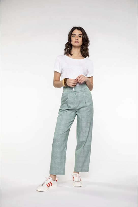 Short wide trouser in green prince of Wales