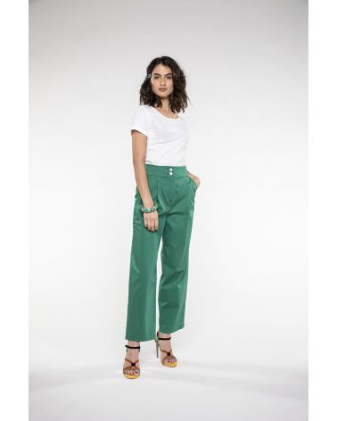 Short wide trouser in green stretch Cotton
