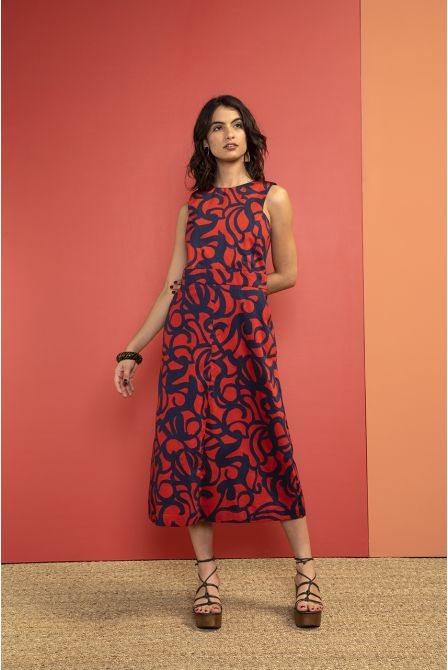 Long fitted dress in marine-red print