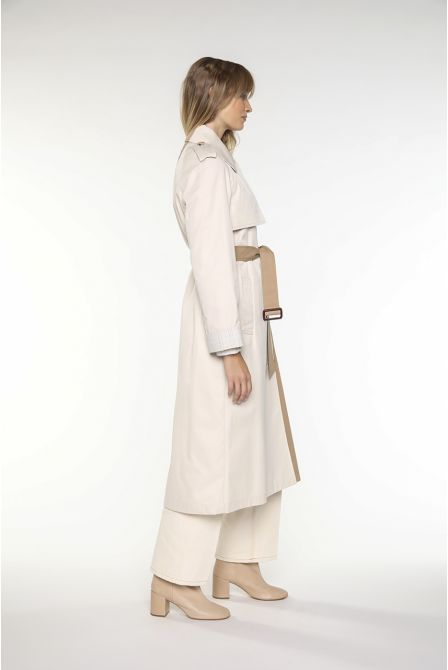 Trench in two-tone beige and fudge cotton gabardine