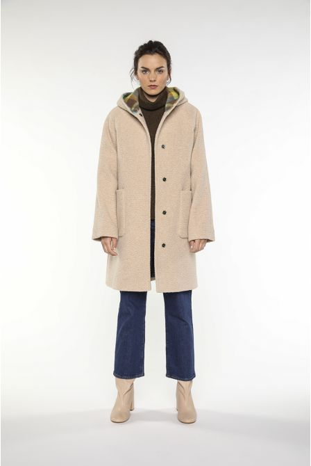 Hoody coat in beige shipskin fake fur of wool