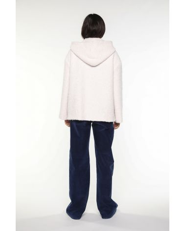 Short hoody coat in creme alpaca wool