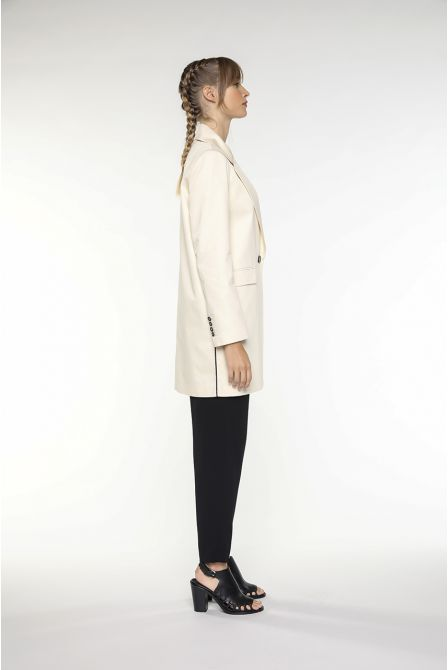 Long structured tailored jacket in ecru cotton