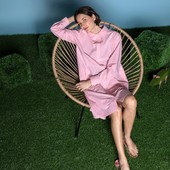 Pink is the new black 💗  Une chemise oversize pour cet été et l'attirance pour les belles matières avec RACINE 👚  Pink is the new black 💗 An oversized shirt for this summer and the attraction for beautiful materials with RACINE 👚   #maisonlener #newcollection #trench#french #france #fashion
