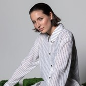 D'une saison à l'autre, osez la chemise oversize à rayures. Un intemporel qui matchera avec toutes les morphologies 🤍  From one season to the next, dare the oversized striped shirt. A timeless that will match with all body types 🤍  #maisonlener #newcollection #trench#french #france #fashion